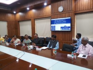 Prasar Bharati and IIT Kanpur signs MoU for research collaboration_50.1