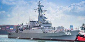 China gifts warship 'P625' to Sri Lanka_50.1