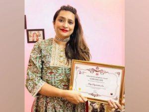 'Indian Woman of Influence Award' received by Priya Priyadarshini Jain_50.1