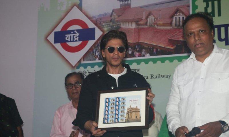 SRK launches heritage postal stamp of Bandra station_50.1