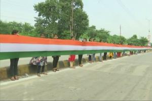 15-km long national flag unfurled in Raipur, Chattisgarh_50.1