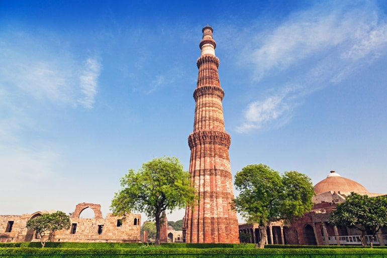 Tourism Minister inaugurates first-ever architectural LED illumination at Qutub Minar_50.1