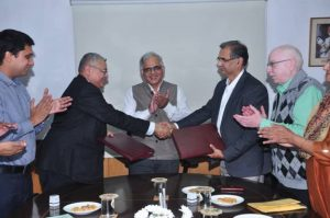 CSIR-IMTECH signs MOU with IIT Bombay for collaborative research_50.1