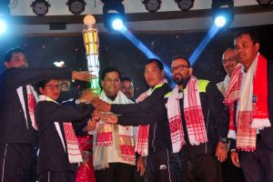 Sarbananda Sonowal launches torch relay of Khelo India Youth Games_50.1