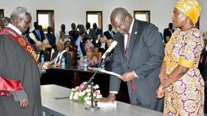 South Sudan rebel leader Riek Machar sworn in as vice president_50.1