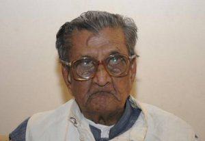 Centenarian vedic scholar Sudhakar Chaturvedi passes away_50.1