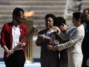Greece hands over Olympic flame to Tokyo 2020_50.1