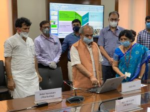 """Agriculture Minister launches """"Kisan Rath"""" Mobile App_50.1"""