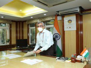 Indu Shekhar Chaturvedi takes charge as Secretary of MNRE_50.1