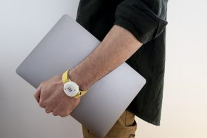 Italy develops 'iFeel-You' bracelet for social distancing_50.1