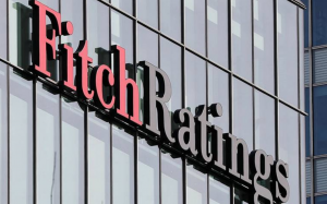 Fitch forecasts India's GDP growth rate to contract 5% in FY21_50.1
