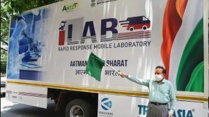 Harsh Vardhan launched India's 1st Mobile Lab for COVID-19_50.1
