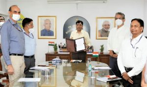 Ministry of Skill Development partners with Ministry of Shipping_50.1