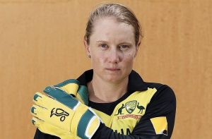 Alyssa Healy breaks MS Dhoni's wicketkeeping record in T20Is_50.1