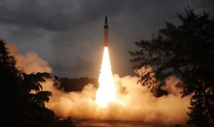 India conducts successful night trial of nuclear-capable Prithvi-2 missile_50.1